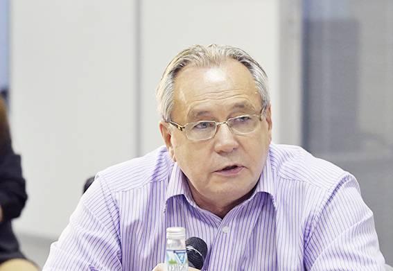 Алексей Подберёзкин: Восстанавливать свой ВПК Украине придётся с нуля