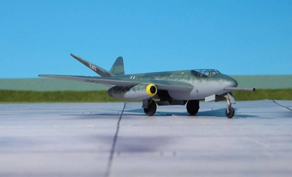 Истребитель-штурмовик Messerschmitt P.1101/92. Германия