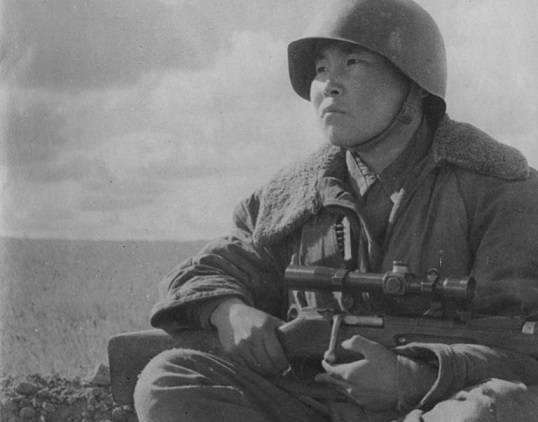 Каким был самый результативный снайпер Сталинградской битвы Максим Пассар