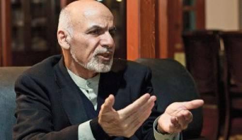 Ашраф Гани расписался в неспособности удержать власть без армии