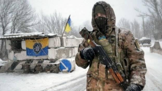 ВСУ в «серой зоне» обстреляли гражданский автобус с жителям ДНР