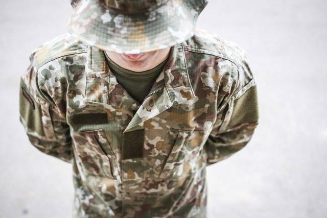 Литва: В однобортном сейчас никто не воюет