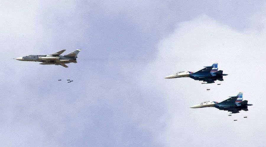 Бомбардировка ВКС в Хаме: уничтожение позиций боевиков попало на видео