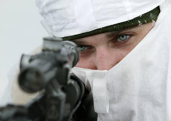 Показали мастер класс: снайперы ЮВО прошли обучение на тренажере «СКАТТ»