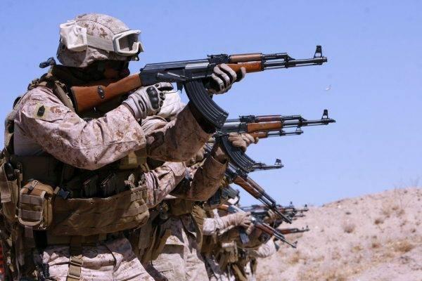 По технологиям из Киева: США будут выпускать советское оружие для боевиков