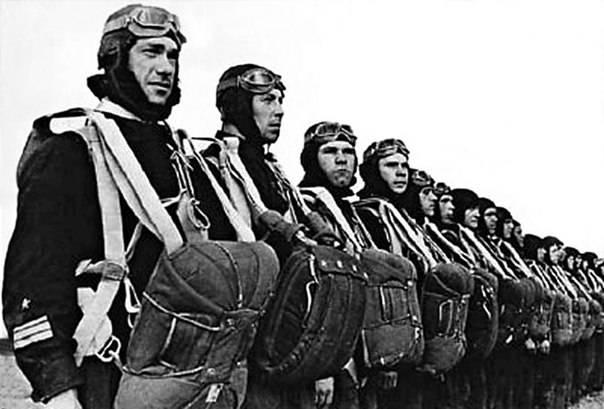 Как десантная бригада двум корпусам помогала