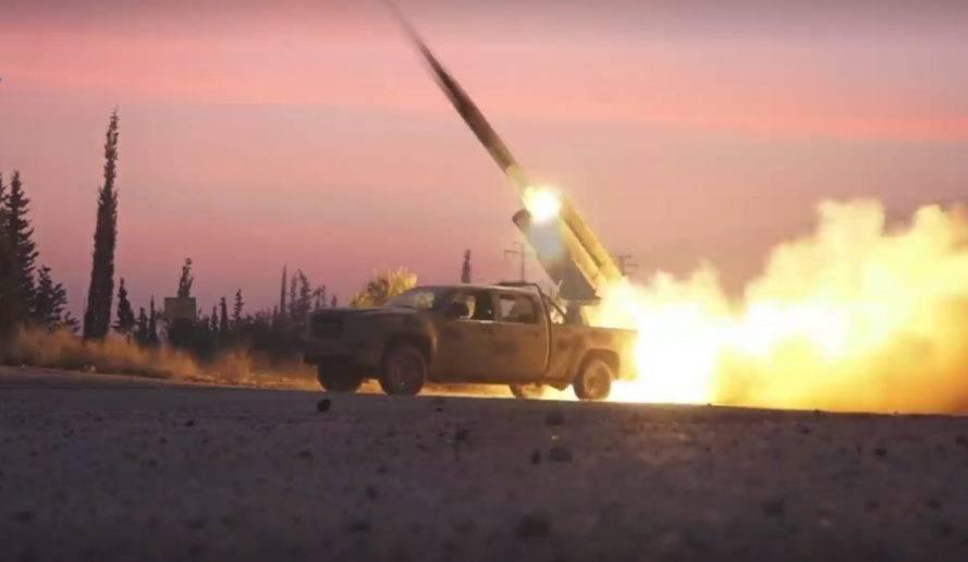 Битва за Алеппо: боевики при помощи ракет и артиллерии нанесли удар по САА