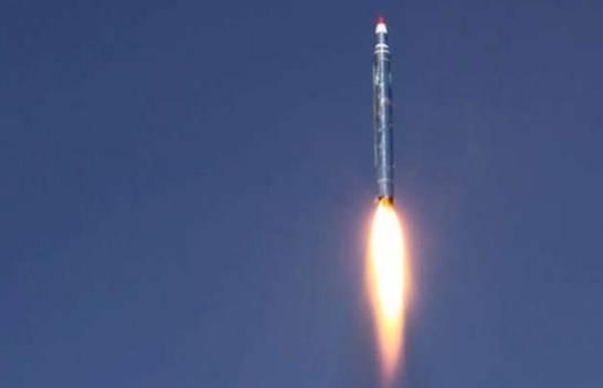 Баллистический удар новой ракетой: авиабаза СА стала мишенью повстанцев
