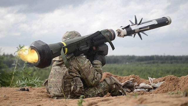 «Обезьяна с гранатой»: Как украинские военные испытывают ПТРК Javelin