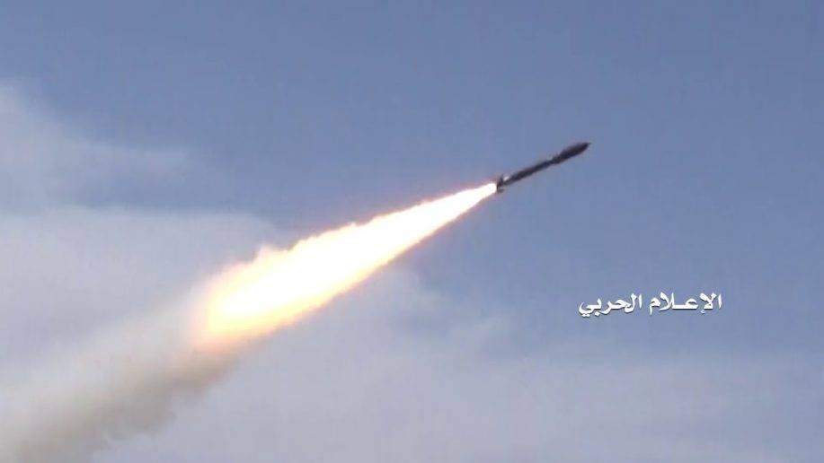 Баллистической ракетой по военной базе СА: новый Badr-1 устремился к цели