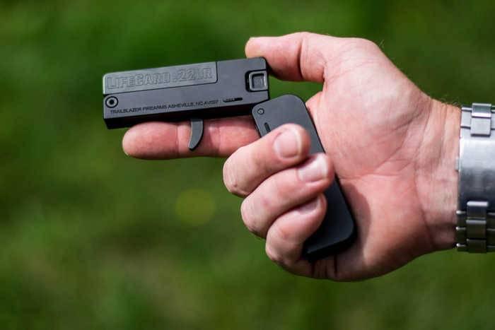 Пистолеты LifeCards пользуются большим успехом