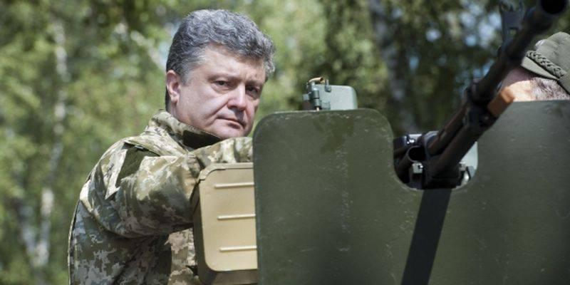 Порошенко: Россия готовит спецоперацию в Азовском море для захвата портов