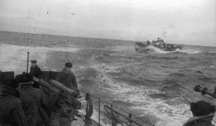 Уклониться от вражеской торпеды