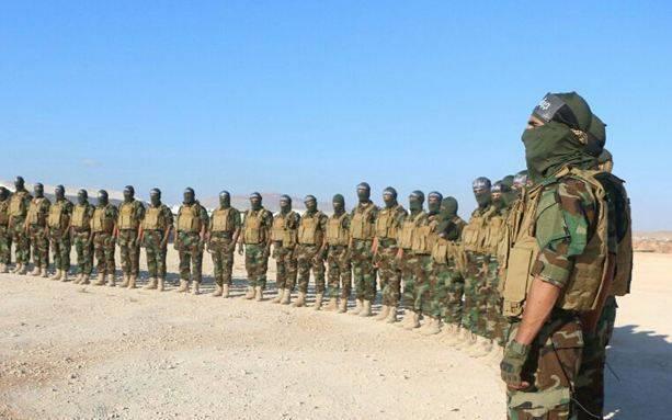 Отряд террористов-смертников покинул базу США Эт-Танф