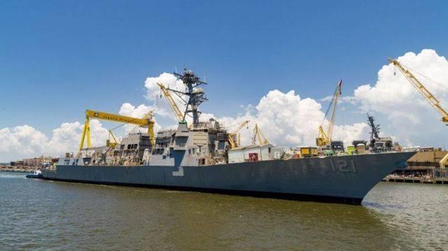 В США спустили на воду 71-й эсминец УРО типа «Арли Берк»