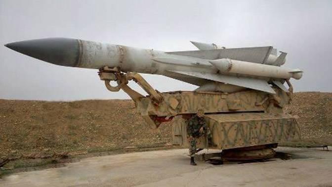 Почему Израиль безнаказанно атакует военные объекты Сирии?